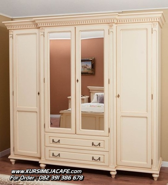 Lemari Pakaian Minimalis 4 Pintu Mewah
